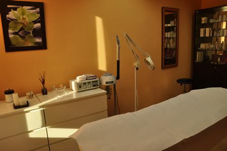 Estetica belleza salud servicios tratamientos for Gimnasio villaviciosa de odon